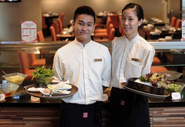 Xuất khẩu lao động Nhật Bản cho cặp vợ chồng - Tại sao không?